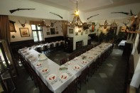 Restaurace Stara Myslivna Konopiste Svatby Stolove Usporadani 14