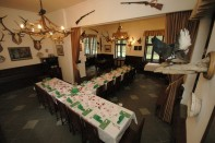 Restaurace Stara Myslivna Konopiste Svatby Stolove Usporadani 18